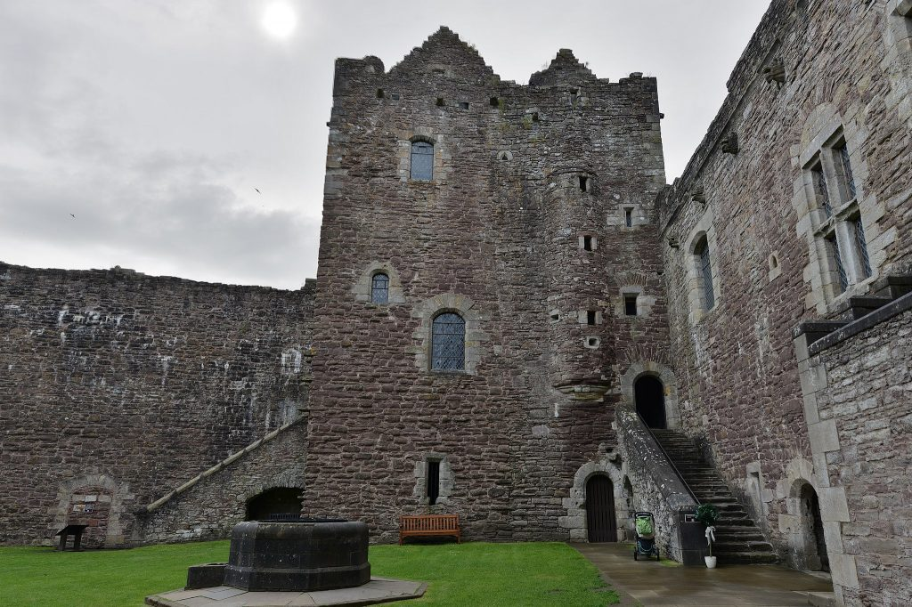Doune Castle Game of Thrones - Game of Thrones Travel
