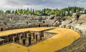 Game of Thrones Spain tours Italica